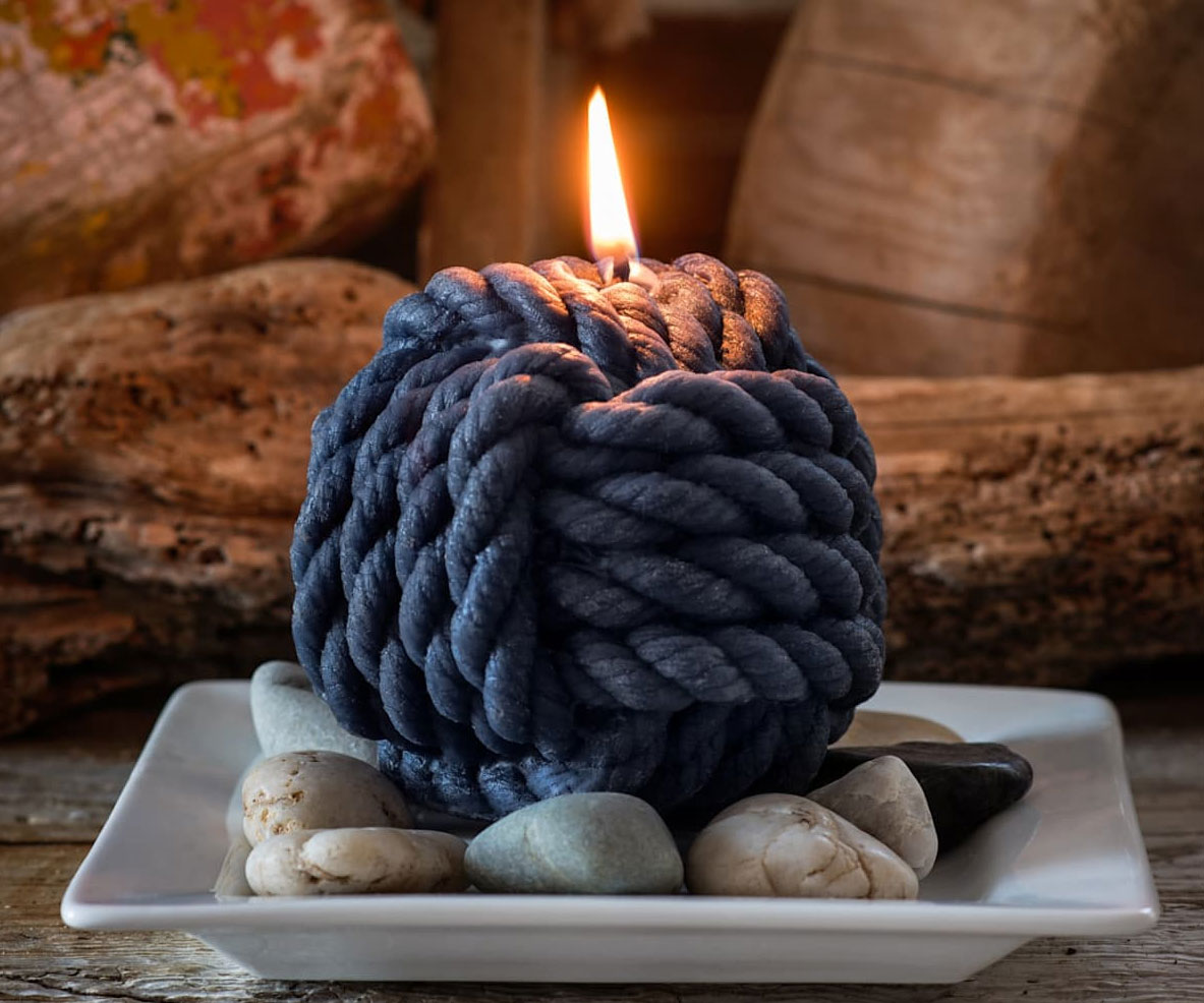 Monkey's Fist Beeswax Rope Candle
