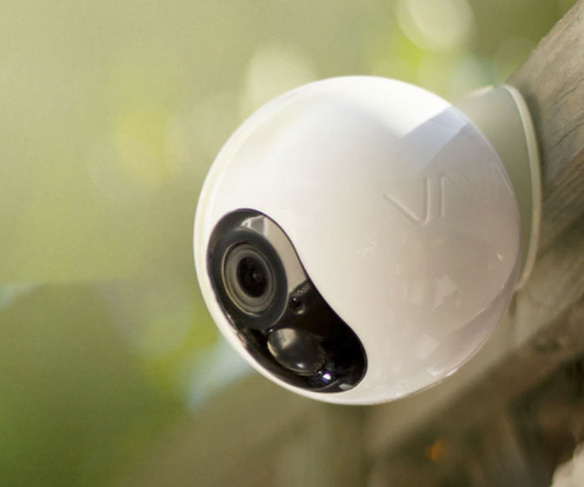 One-Year Lasting Battery Security Cam
