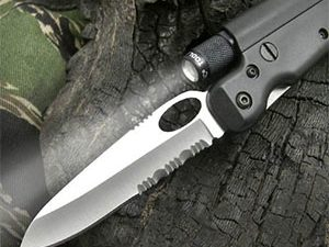 Tactical Flashlight Knife