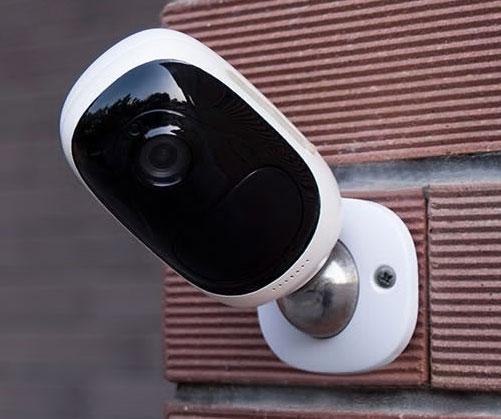 Truly Wire-Free Security Camera